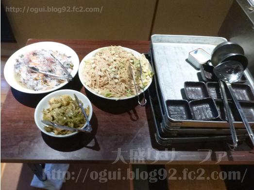 博多満月秋葉原店でランチおかわり自由食べ放題028