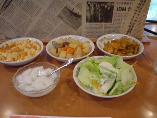 台湾料理の百楽門はランチバイキングで惣菜食べ放題008