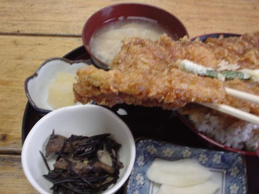 木更津名物あなごかもめ食堂で穴子天丼定食011