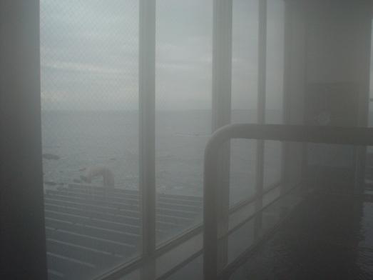 東京湾富士山が見える天然温泉海辺の湯の食堂023