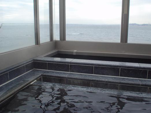 東京湾富士山が見える天然温泉海辺の湯の食堂024
