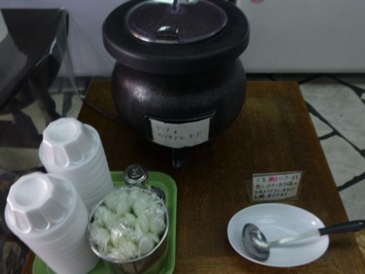 神田淡路町近江屋洋菓子店おかわり自由な喫茶コーナー013