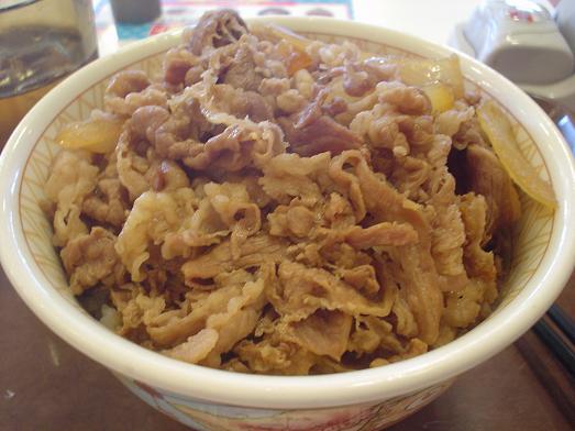 すき家で牛丼メガ盛り値下げキャンペーン013