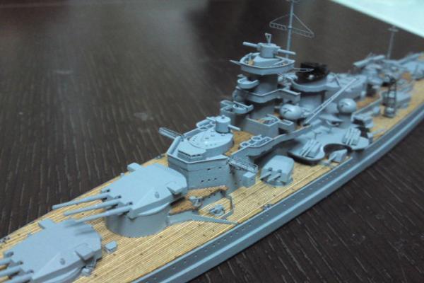 タミヤ 巡洋戦艦グナイゼナウその17