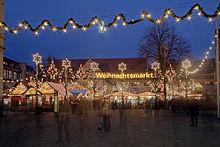 220px-Braunschweig_Weihnachtsmarkt wiki