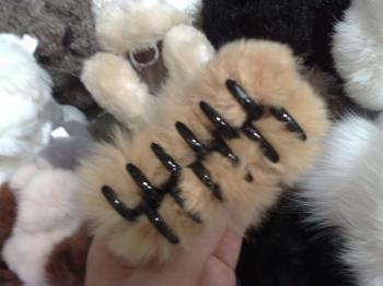 ニセ猫の手