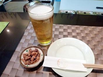 20101119NAKAI_beer.jpg