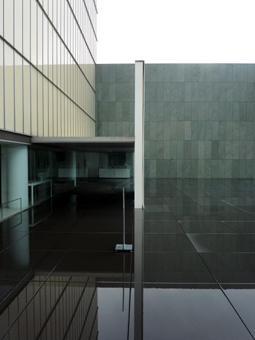 豊田市美術館06