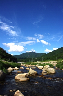 110529 山と川
