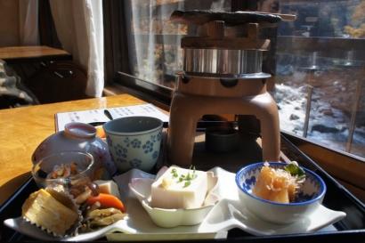 鮎釜飯定食1800円