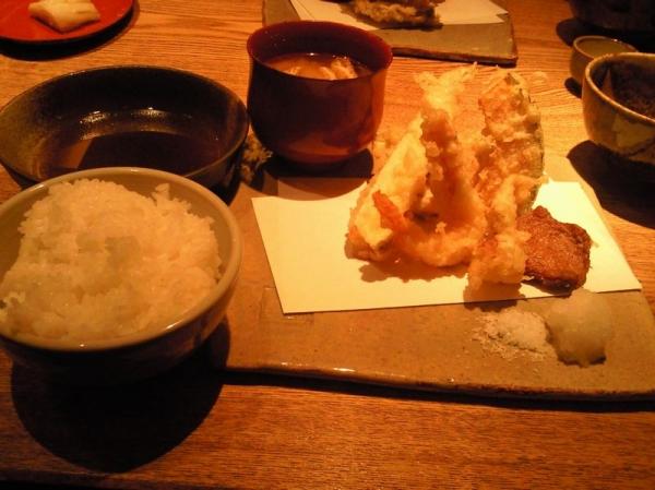 GinpeiShinsaibashi_000_org.jpg