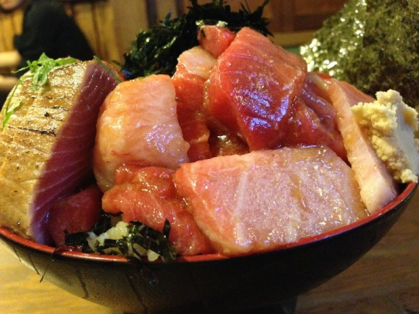 TsuruhashiMaguro_002_org.jpg