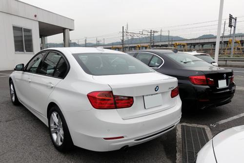 BMW 320i  523i