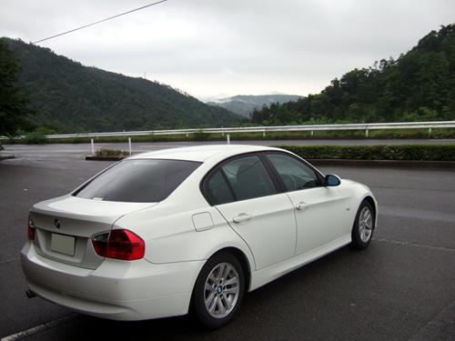 BMW320iria.jpg