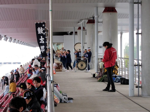 WEC富士6時間・太鼓の演奏