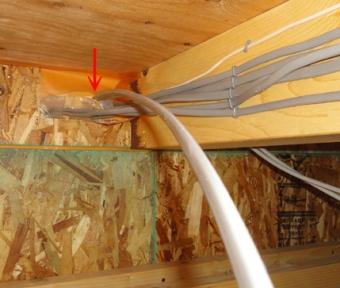 201410 外壁を貫通したEVコンセント用配線