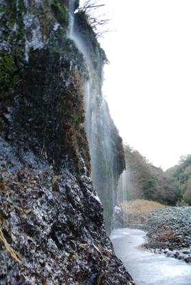 梶野沢霧降の滝