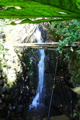 かがみの滝