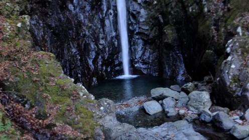 エビラ沢の滝壺