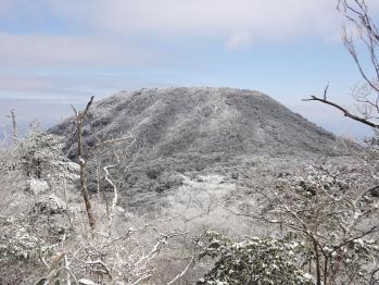 甑岳 114