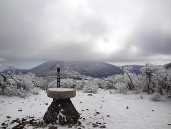 甑岳 188