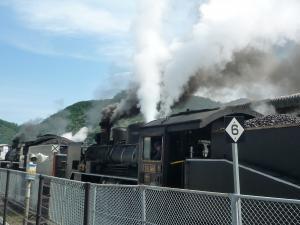110925 蒸気機関車04