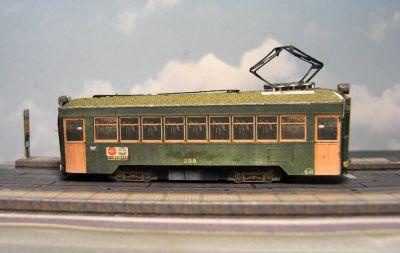 p12072002.jpg