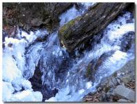 凍った滝-2-