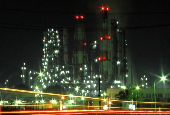 IMG_1307工場夜景1ss