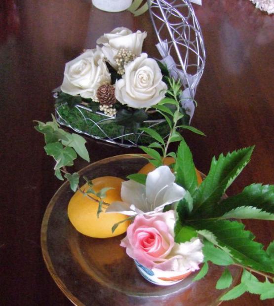 テーブルの上の花080511s