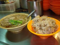 油飯と蟹スープ
