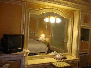 bedの前は鏡