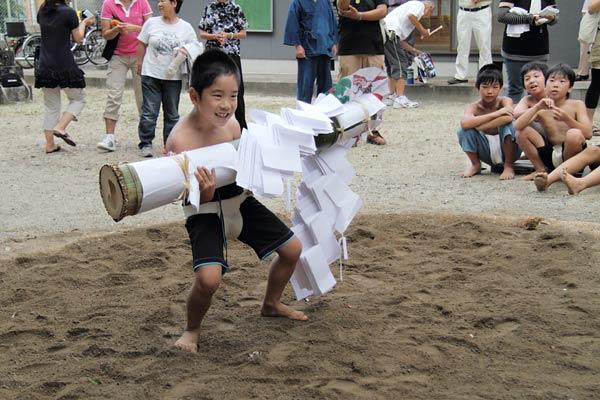三柱神社 子ども相撲6