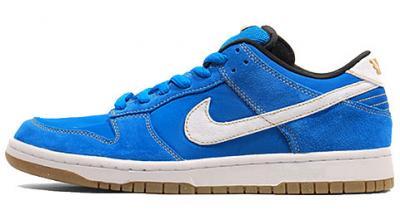 "Nike-SB-Street-Fighter-Pack-Dunk-Low-""Chun-Li""-Dunk-Mid-Ryu-05_convert_20100914235440"