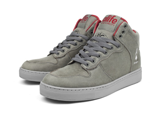 Alife-Footwear-Winter-2010-Sneakers-and-Desert-Boots-02.jpeg