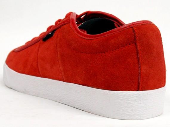 Baker-Red-2-570x427.jpg