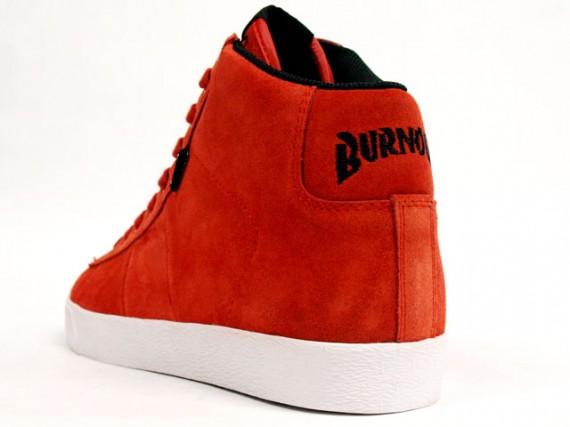 Muir-Red-2-570x427.jpg