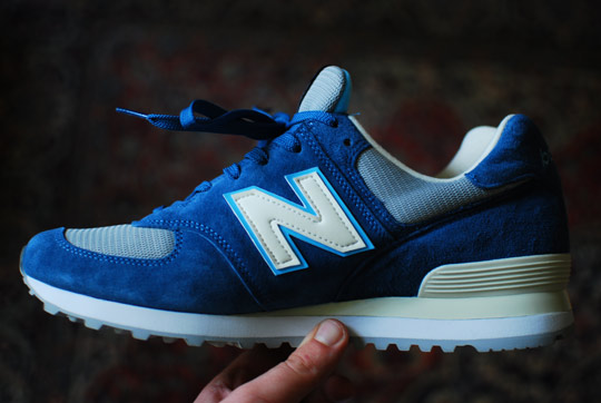 New-Balance-574-Made-in-USA-Babe-the-Blue-Ox-Sneakers-02.jpg