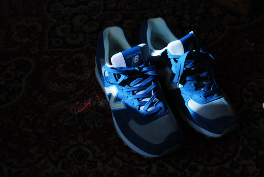 New-Balance-574-Made-in-USA-Babe-the-Blue-Ox-Sneakers-04.jpg
