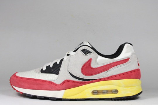 Nike-Air-Max-Light-VNTG-QS-2.jpeg