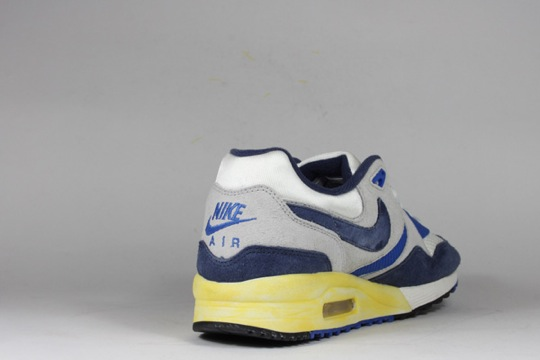 Nike-Air-Max-Light-VNTG-QS-8.jpeg