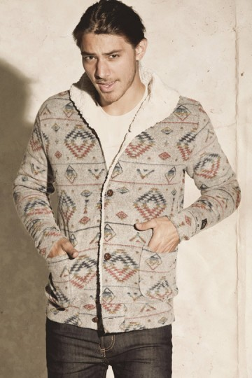 OBEY-Holiday-2010-Mens-Clothing-Collection-08-360x540.jpg