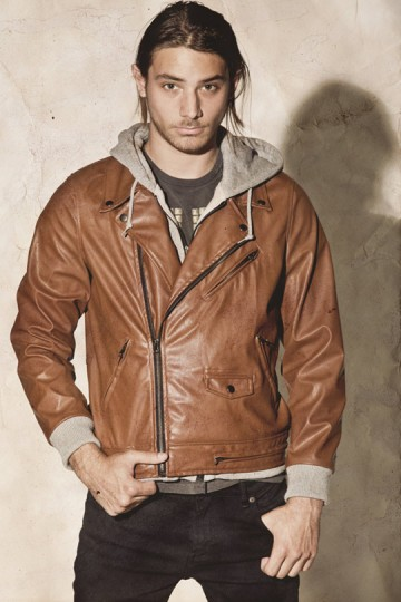 OBEY-Holiday-2010-Mens-Clothing-Collection-10-360x540.jpg