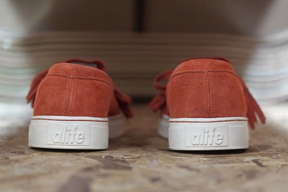 alife-footwear-collection-spring-summer-2012-delivery-1-g-570x380.jpg