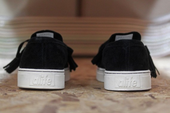 alife-footwear-collection-spring-summer-2012-delivery-1-j-570x380.jpg