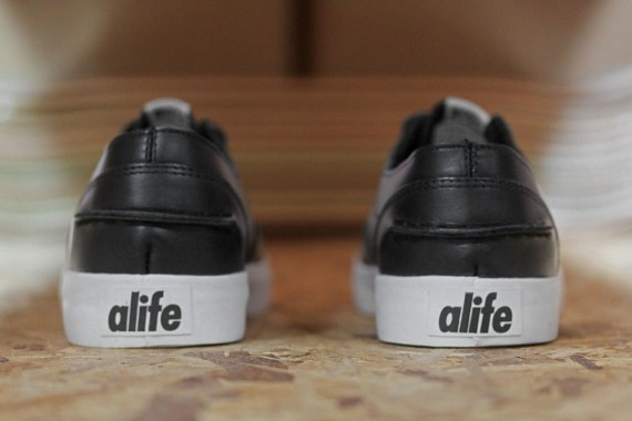 alife-footwear-collection-spring-summer-2012-delivery-1-p-570x380.jpg