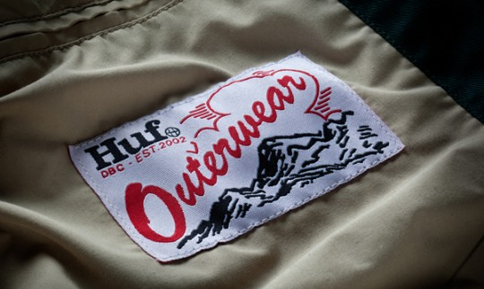 huf_expedition_parka_tan_2_detail-540x323.jpg