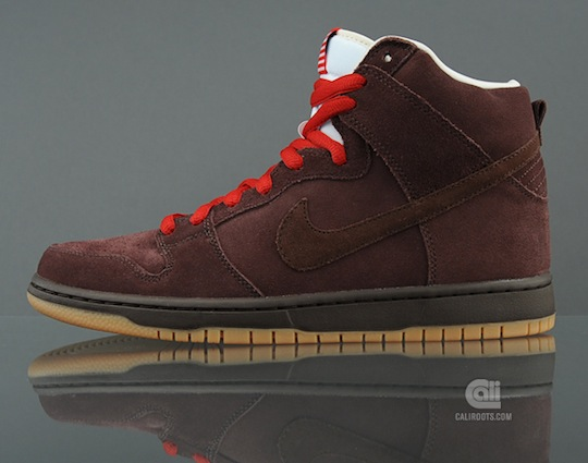 nike-sb-dunk-high-beer-bottle-pack-5.jpeg