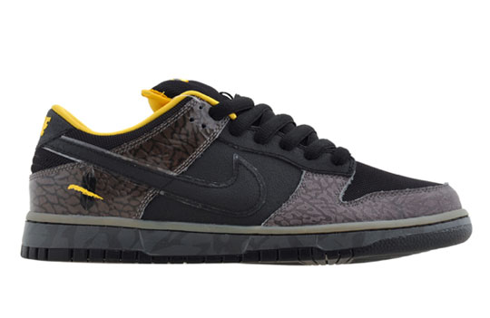 nike-sb-dunk-yellow-curb-sneakers-2.jpg