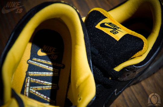 nike-sb-dunk-yellow-curb-sneakers-3.jpg